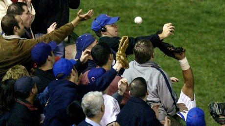 Holy cow! Infamous Steve Bartman will get a Chicago Cubs World Series ring
