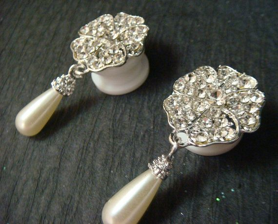 Pearl  Dangle plugs with rhinestones / 2-16mm by misunbridal