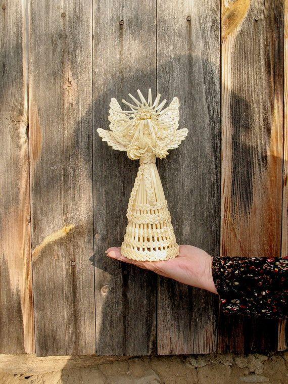 Angel. Pop van stro. Weven van stro. Stro. Natuurlijke materialen. Natuurlijke…