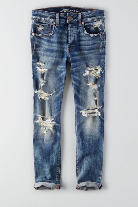 AE tomgirl jeans (size down)  Oversized & slung low, but still flatters with a relaxed leg that tapers slightly.