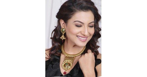 Gauhar Khan Latest Design Jewellery Set For Wedding