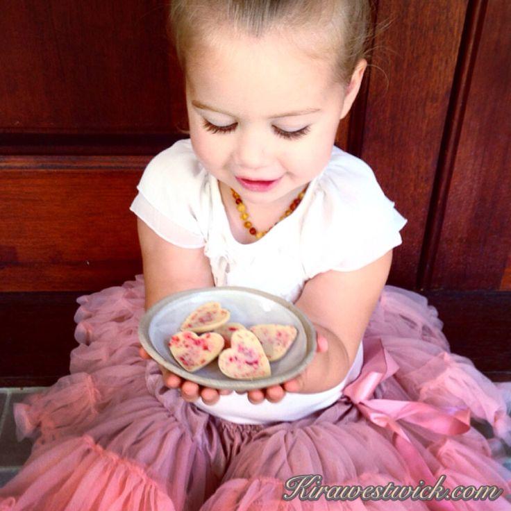 Vanilla and strawberry raw chocolate hearts