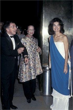 Jackie with Diana Vreeland - 1977