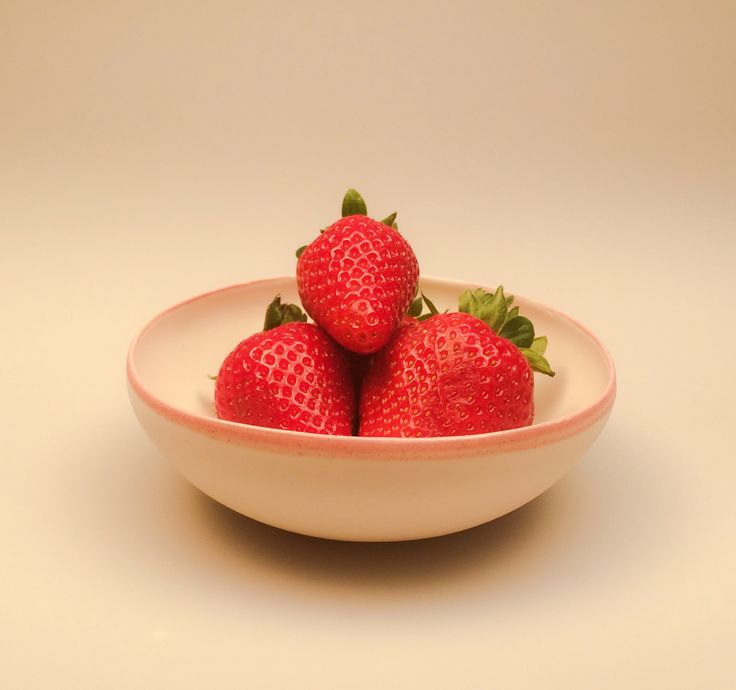 Strawberries in our pink collection bowl jharberink porcelain