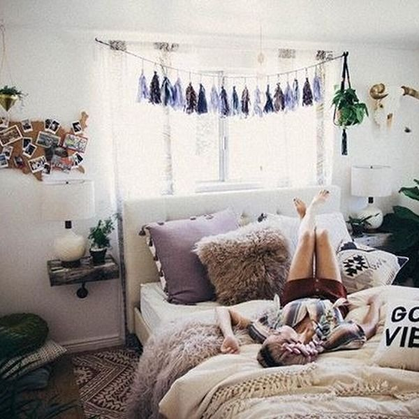 Top 25 ideas about cozy dorm room on pinterest dorms for Bedroom ideas on pinterest
