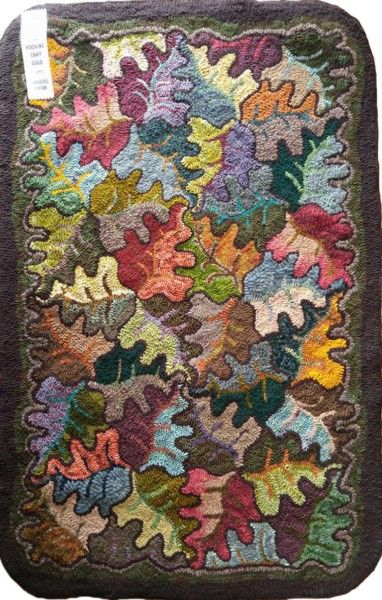 Tessellated Oak Leaves Bethcalabrese Design Rug Hooking