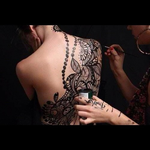 Henna tattoo on my back. Check!