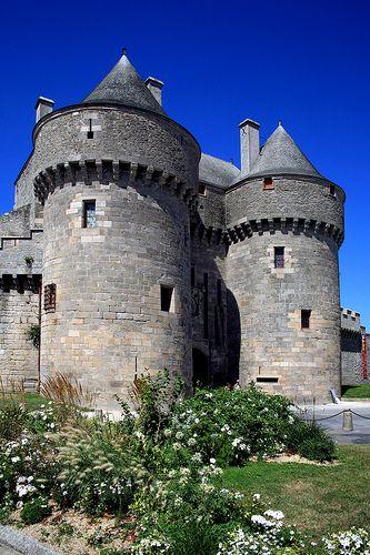Guérande - Porte Saint-Michel. Une des villes fortifiées anciennes les mieux conservées du Duché de Bretagne