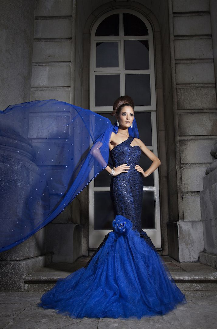 Lace mermaid fitted gown with shimmer tulle layers... a master piece for reception or a red carpet event