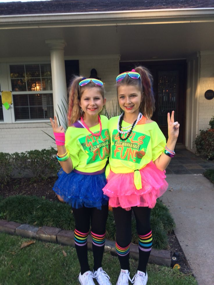 Fun girls 80s costume! More