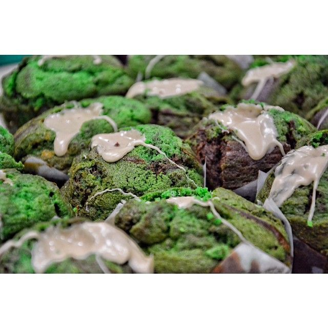 Οι Θανατοφαγοι έχουν το δικό τους muffin! Ζυμάρι σοκολάτας-βανίλιας γεμιστό με απαλή κρέμα Bueno!