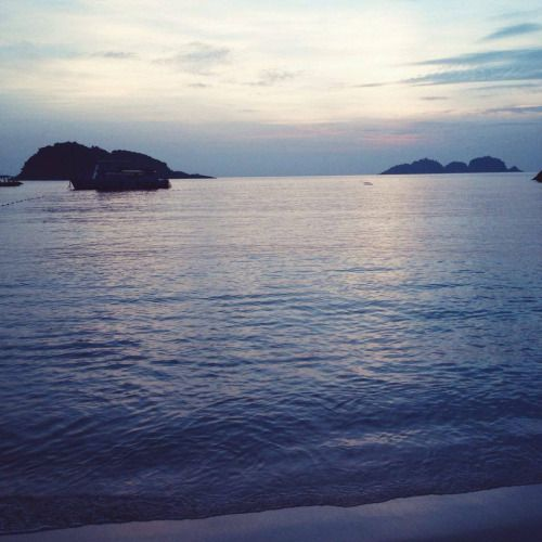 #Tumblr Beaches Batu caves Malaysia Royal palace Vacation Travel detail...