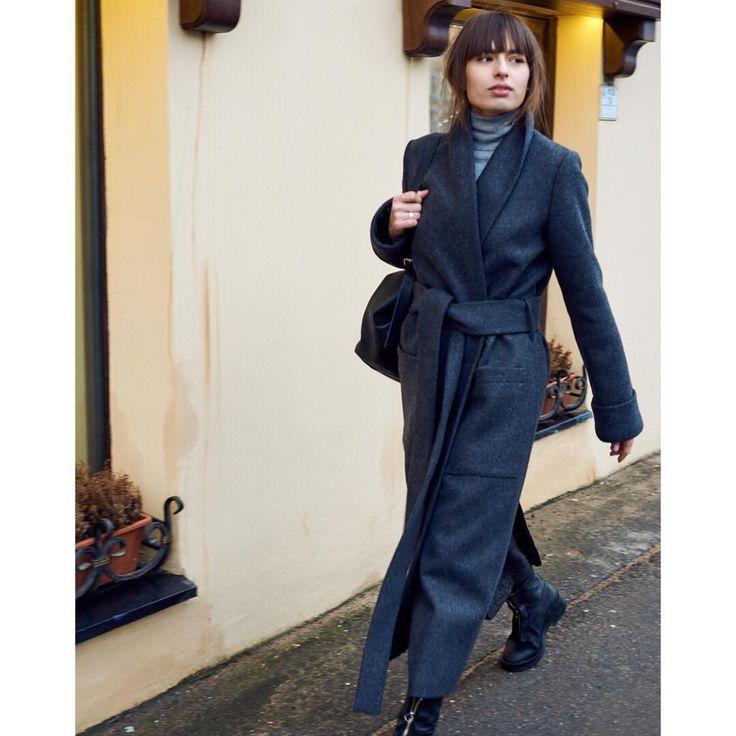 Пальто-халат из плотного сукна #osome2some #Michaelcoat сейчас можно приобрести / заказать со скидкой в магазинах в Петербурге и Москве!