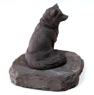 http://thumbs.picclick.com/00/s/MTYwMFgxNTgw/z/wwcAAOSwdvpWD8JM/$/Fox-Marble-Figurine-on-Shungite-Stone-Stand-Russian-_1.jpg
