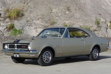 Holden HT Monaro GTS, exact image I picture when thinking about the HT