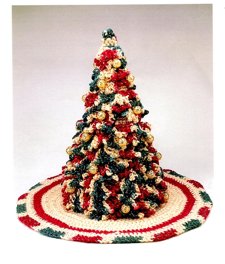 Victorian Christmas Tree and Skirt   folk art rustic home decor Crochet pattern by Herrschners