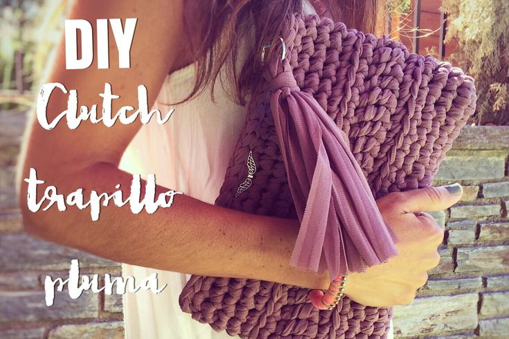 Te enseño a tejer un bolso con trapillo pluma o tela ligera. Vas a ver cómo se hace paso a paso usando puntos básicos de crochet.