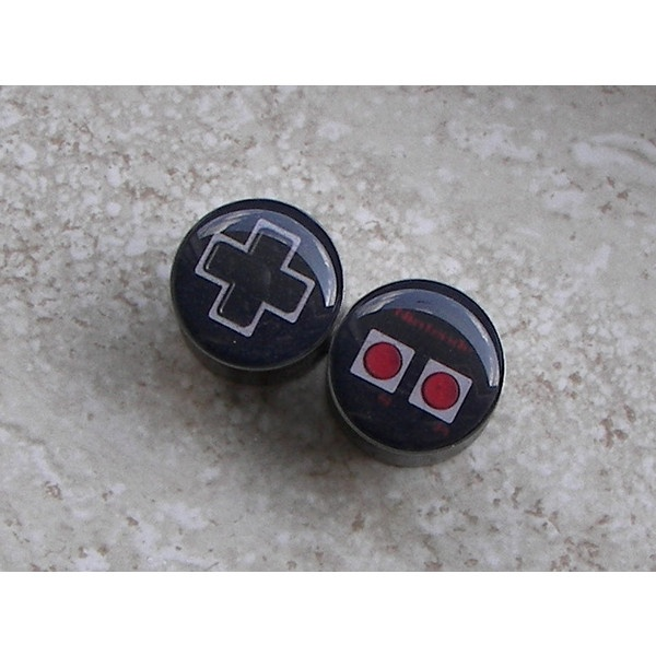 Old School Nintendo Controller Plugs - One PAIR - Sizes 2g, 0g, 00g,... ❤ liked on Polyvore