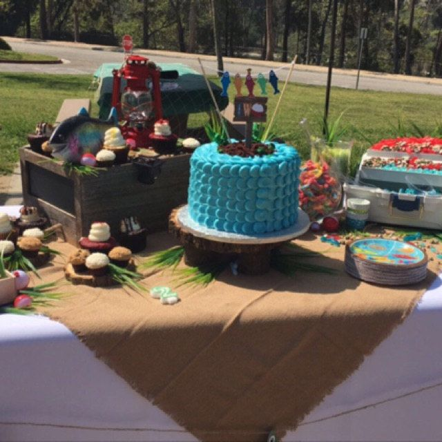 98 Best Fishing Birthday Theme Images On Pinterest: 17 Best Ideas About Fishing Birthday Cakes On Pinterest