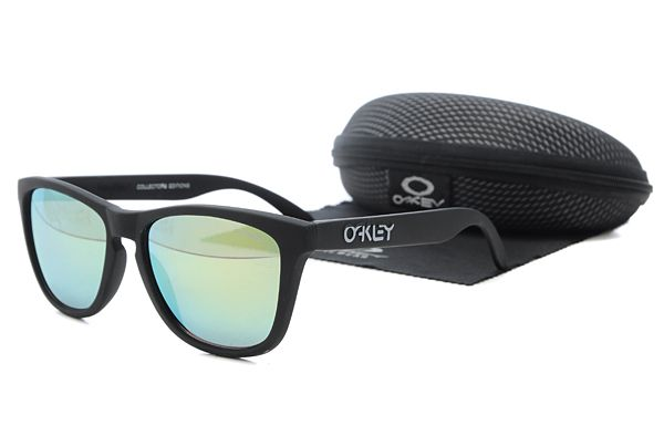 $10.99 Hot Season Oakley Frogskins Sunglasses Black Frame Green Lens Private Sale www.oakleysunglassescheapdeals.com