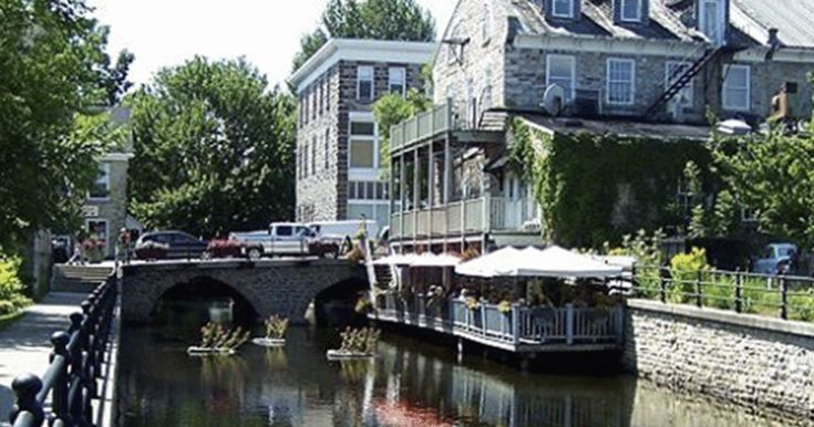 10 super cute Ontario small towns...