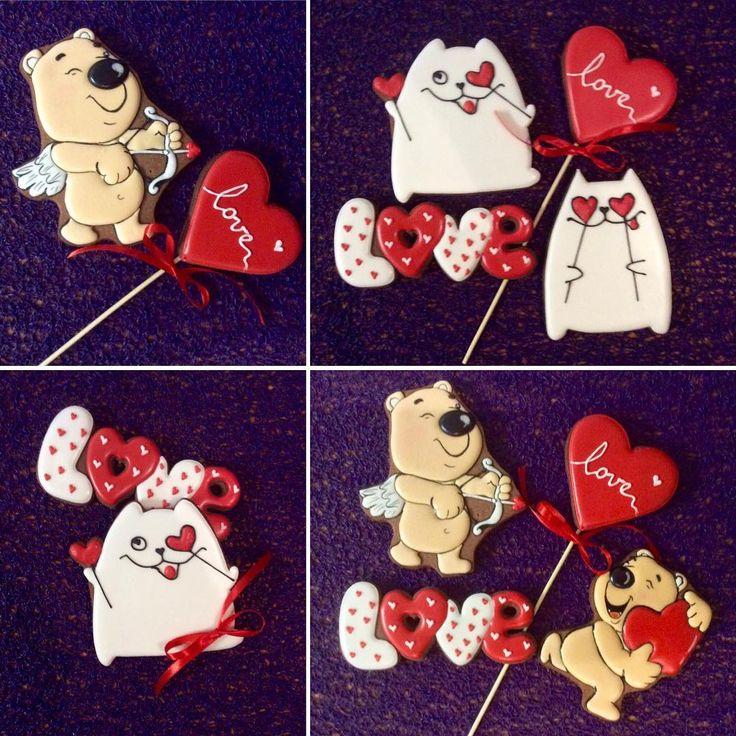 Дорогие друзья, если Вы ещё не придумали, что подарить своим любимым - имбирные пряники станут замечательным подарком))! #icing #пряникибрест #brest #пряничнаямастерская #пряникиназаказ #пряникиручнойработы #пряники #loveis #влюбленные #деньвлюбленных #14февраля #валентиновдень #подароклюбимой #подароклюбимому #деньсвятоговалентина #cookierdecor #cookieart #decorartcookies #sugarcookies #royalicing #сладостиподарки #cookie #вкусныеподарки #сладкийсувенир #подарок