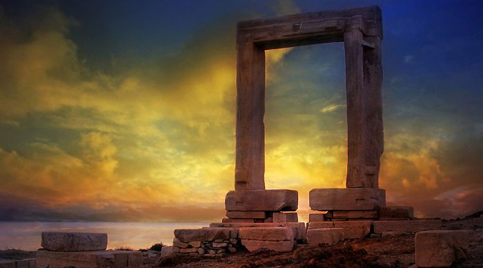The Portara Is The Facade To An Unfinished Temple Of Apollo That Faces Exactly Toward Delos
