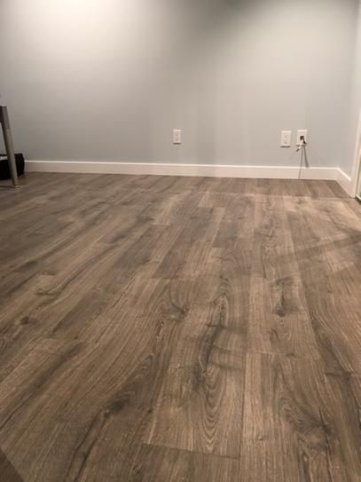 Pergo Outlast+ Vintage Pewter Oak 10 Mm Thick X 7 1/2 In. Wide X 47 1/4 In.  Length Laminate Flooring (19.63 Sq. Ft. / Case)