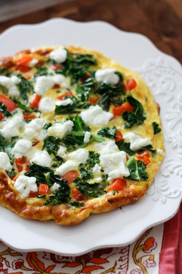 Kale, Red Pepper and Goat Cheese Frittata #recipe #healthy #veggies