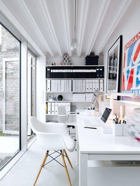 Heller Arbeitsbereich   Weißes Arbeitszimmer