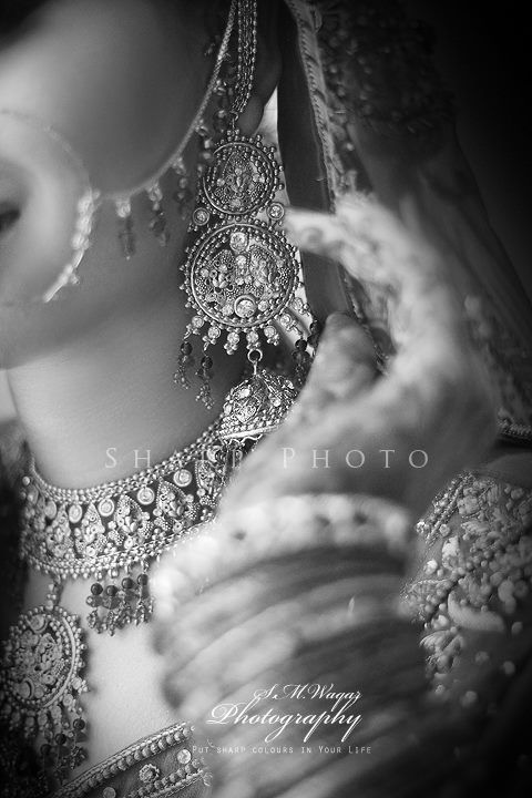 The Dulhan www.weddingstoryz.com Wedding Storyz | Indian Bride | Indian Wedding | Indian Groom | South Asian | Bridal wear | Lehenga | Bridal Jewellery | Makeup | Hairstyling | Indian | South Asian | Mandap decor