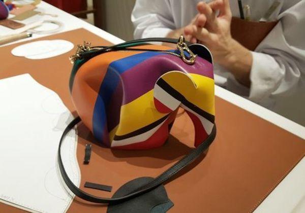 現地レポート!LOEWE(ロエベ)職人のバッグ製作デモンストレーション-STYLE HAUS(スタイルハウス)