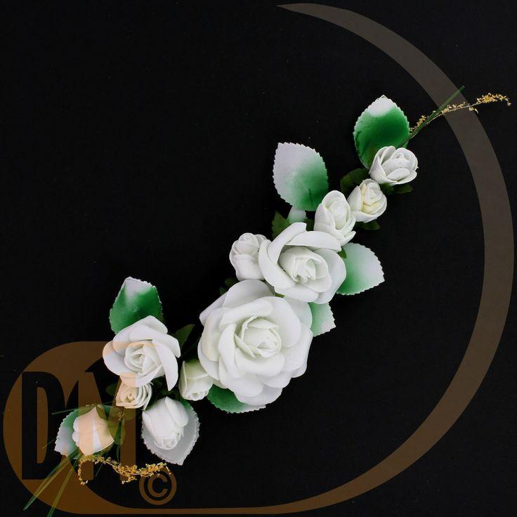 Centre de table 11 roses blanche