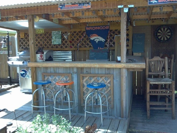 1000 Images About Backyard Bbq Hut On Pinterest Tiki