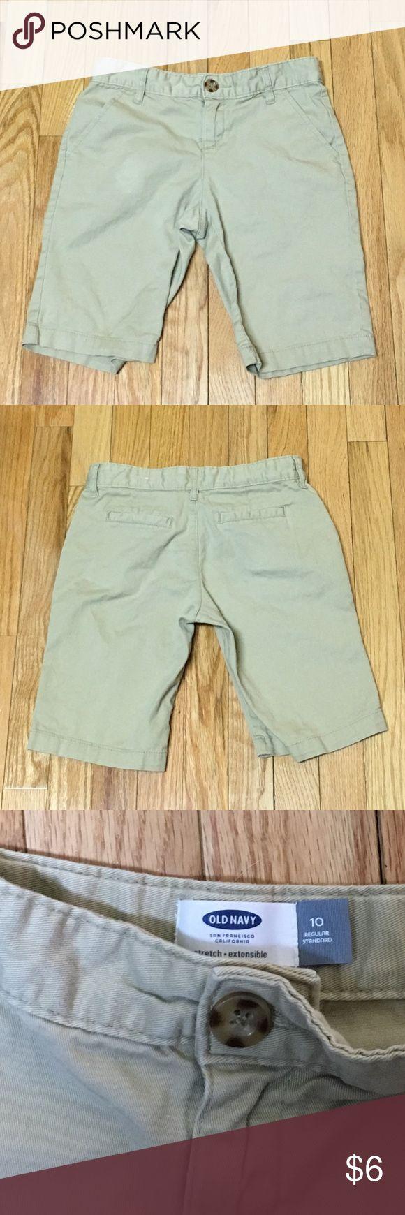 Old Navy Girls Size 10 khaki shorts Old Navy Girls Size 10 khaki shorts with adjustable waist band! Old Navy Bottoms Shorts