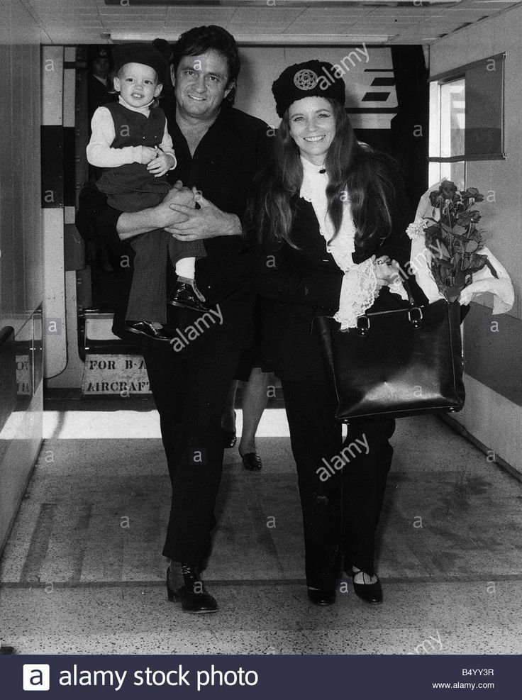 Johnny Cash singer with wife June Carter in London 1971 with son John Cash Stock Photo