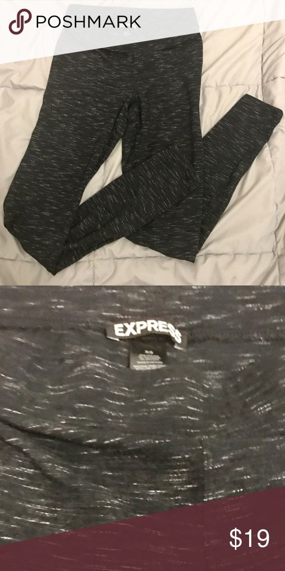 NWOT EXPRESS Gray / Charcoal Leggings ! Bought these a size too small, would fit a size 0 or 2, light and soft material, elastic waist Express Pants Leggings