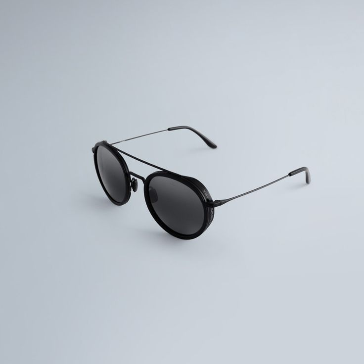 Pairing The Arrivals' modern, minimal aesthetics with the quality of French heritage eyewear brand VUARNET, the Day + Night sunglasses convey a timeless style. From components of the utmost quality—stainless steel frames with deep acetate rims and...