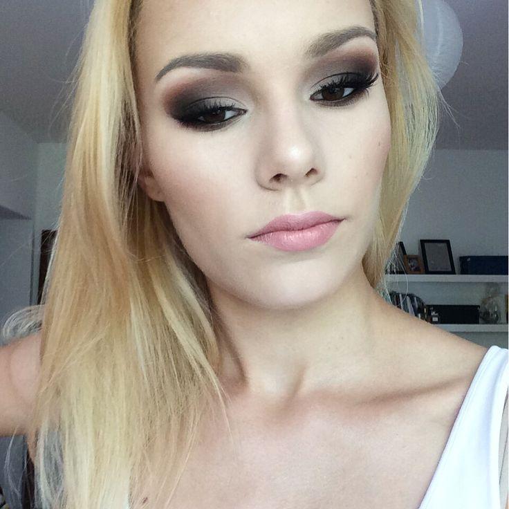 Bronze smomey fron YouTube channel -> Emilia Jurek