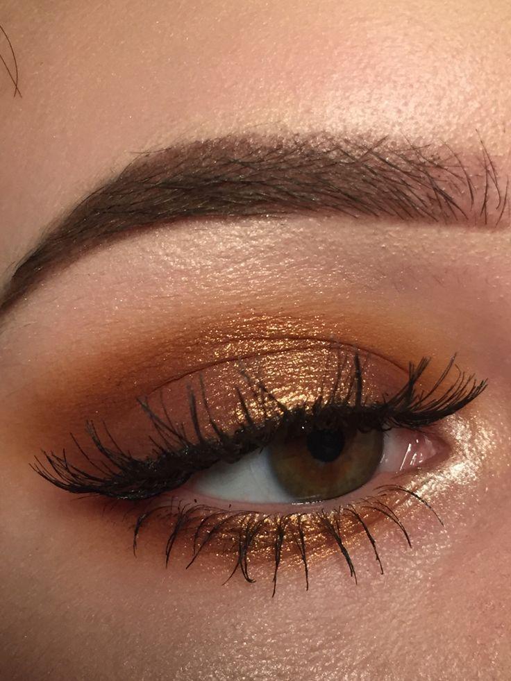 Best 25+ Gold eyes ideas on Pinterest | Golden eyes, Gold ...