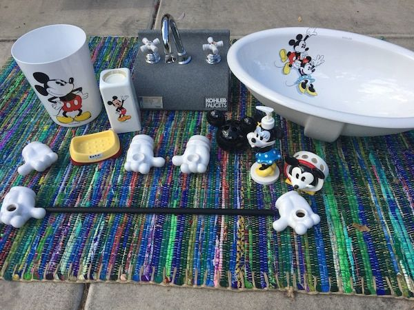 Used Playful As A Mouse By Kohler Complete Bathroom Set Brand