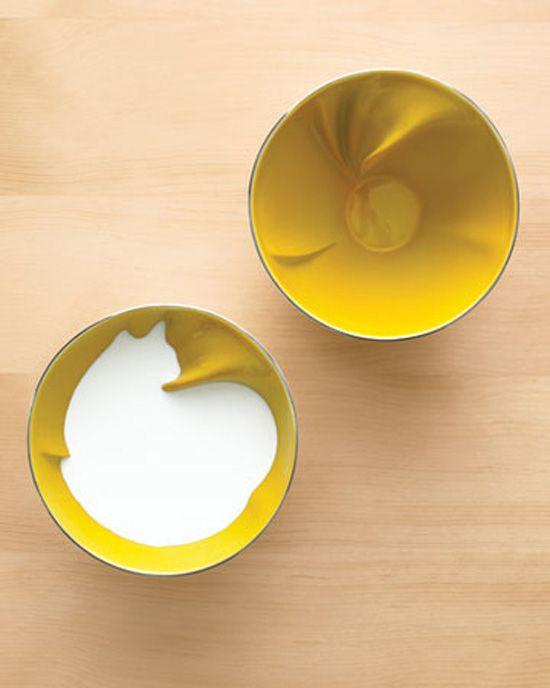 Very cool bowl when filled shows a cat! (bowl by artist Geraldine De Beco for Bernardaud)