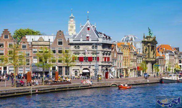 تعر ف على أجمل المعالم السياحية لمدينة هارلم الهولندية Day Trips From Amsterdam Haarlem Day Trips
