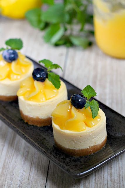 mini lemon cheesecakes with homemade lemon curd topping