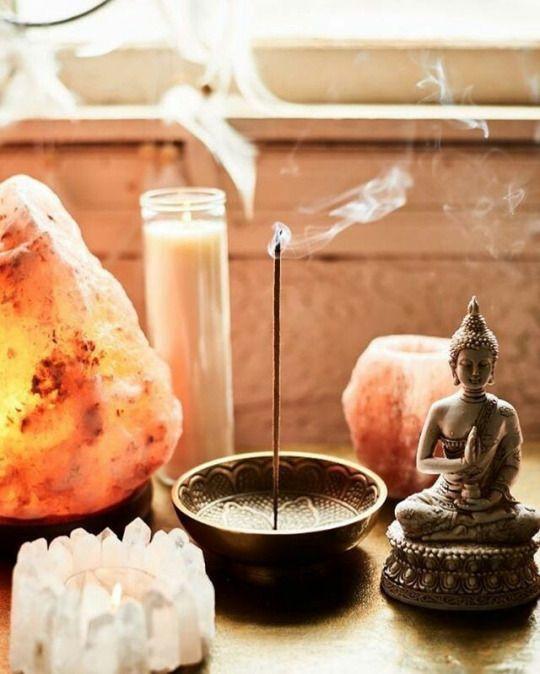 Free spirited altar de meditaci n salas de - Hacer meditacion en casa ...
