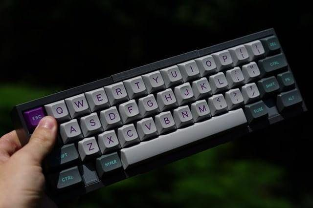 9aa55caa845 Feel like 40% keyboards are just short of the right size? Then that's where  a 50% might come in handy! This is the prototype …   Cool Gaming Keyboards  ...