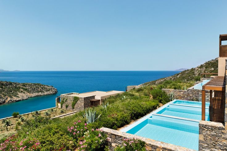 Picture yourself here, enjoying the sea and the sun!