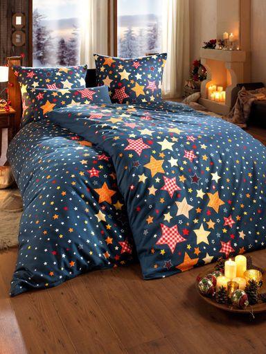 Schlafen Sie in dieser kuscheligen und warmen Biber-Bettwäsche unter einem traumhaften Sternenhimmel. #Weihnachten