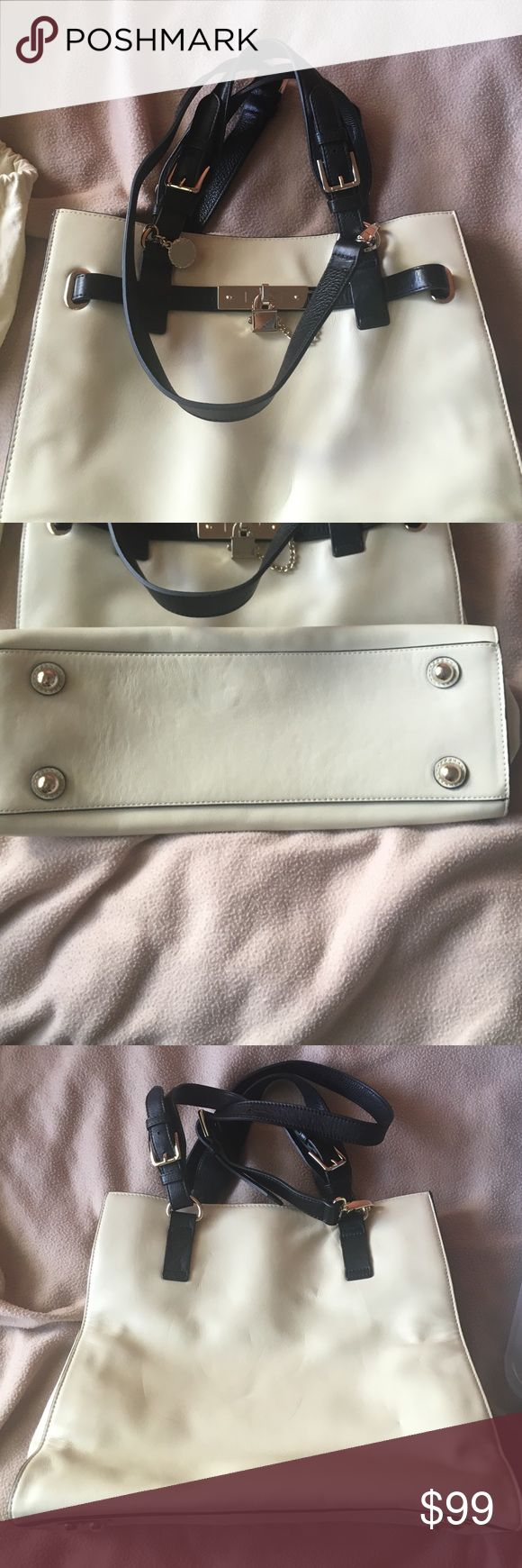 Pictures of 💯 Reiss Bleecker Structured Leather Extra pictures of Reiss 👜 that you may purchase in another listing 😉 Reiss Bags Totes