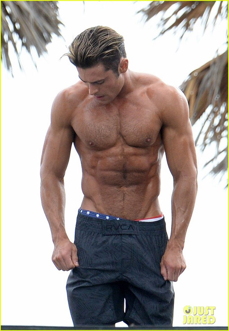 zac efron abs shirtless obstacle course baywatch 16